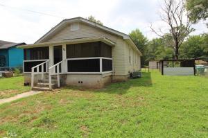 12 Davis St, Lindale, GA 30147