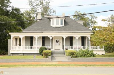 Photo of 207 E Thompson St, Thomaston, GA 30286