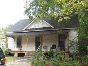 407 E Chappell St, Griffin, GA 30223