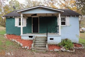28 Oak St, Lindale, GA 30147