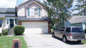 7944 Woodlake Dr, Riverdale, GA 30274