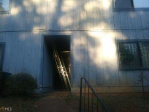 961 Pine Hollow, Austell, GA 30168