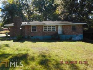 1179 S Parkwood Dr, Forest Park, GA 30297