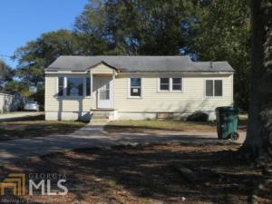 566 Slaton Ave, Hartwell, GA 30643