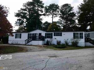 105 Castle Club Dr, Stone Mountain, GA 30087
