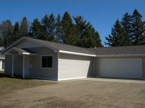 Photo of 215 Maple Park Dr, Rhinelander, WI 54501