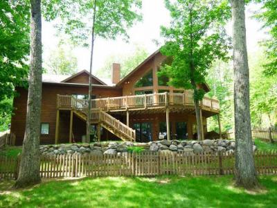 Photo of 4327 Grandview Bay Dr, Eagle River, WI 54521