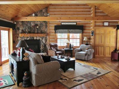 Photo of 1725 Seven Oaks Ln, Lac Du Flambeau, WI 54538