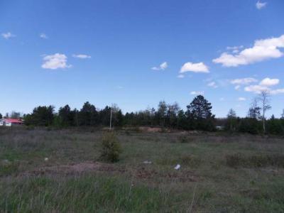 Photo of 1645 Cherokee Ln, Rhinelander, WI 54501