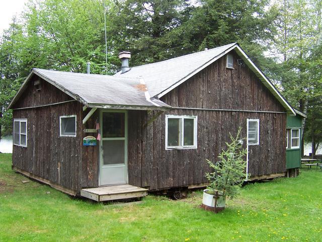 19487 Clearwater Lake Rd, Watersmeet, MI 49969
