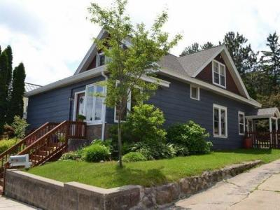 Photo of 515 Thayer St, Rhinelander, WI 54501