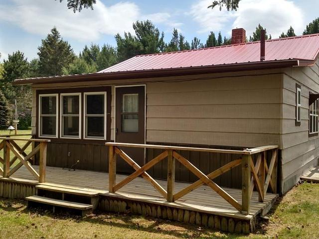 W7418 S Long Lake Rd, Phillips, WI 54555