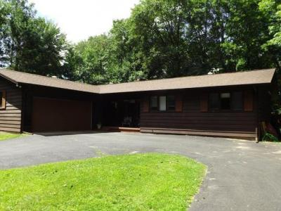 Photo of 1401 Lincoln Dr, Eagle River, WI 54521