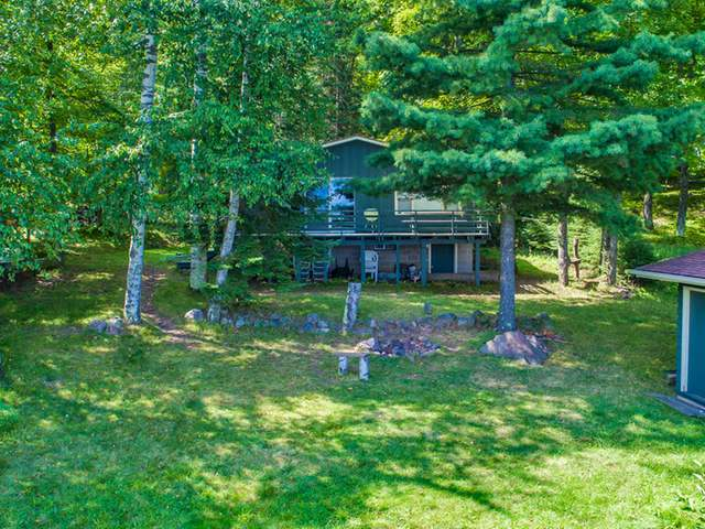 9080 Island View Rd, Winchester, WI 54557