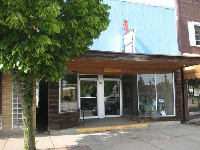 12 Wisconsin Ave W, Tomahawk, WI 54487