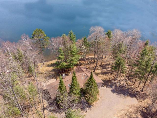 5446 Maple Leaf Ln, Land O Lakes, WI 54540