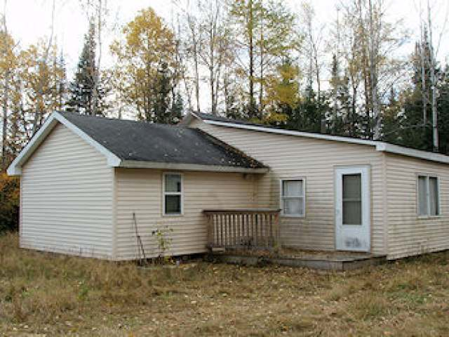 16617 North Rd, Butternut, WI 54514