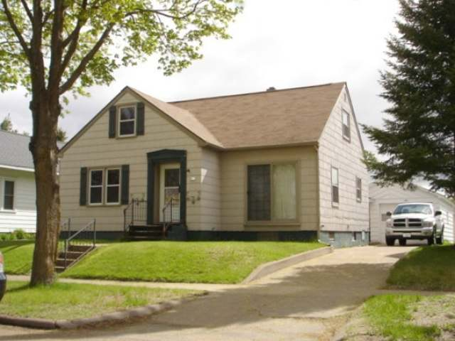 613 State St, Merrill City, WI 54452