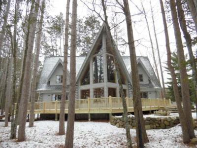 Photo of 1632 Superior St, Three Lakes, WI 54562