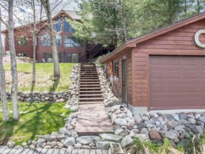 Photo of 9950 Kawaga Rd, Minocqua, WI 54548