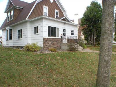 Photo of 526 Eastern Ave S, Rhinelander, WI 54501