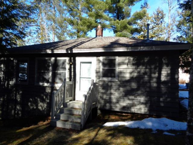17715 Nicolet Rd, Two Cabins, WI 54175