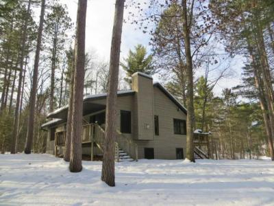 Photo of 11032 Elkmound Dr, Arbor Vitae, WI 54568