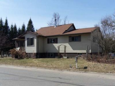 Photo of 1319 Iverson St, Rhinelander, WI 54501
