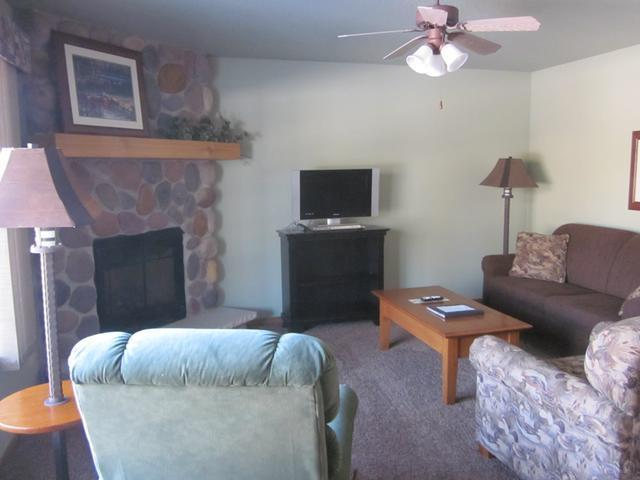 4443 Chain O Lakes Rd #131, Eagle River, WI 54521