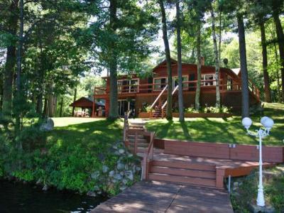 Photo of 6632 Bluebird Rd S, Lake Tomahawk, WI 54539