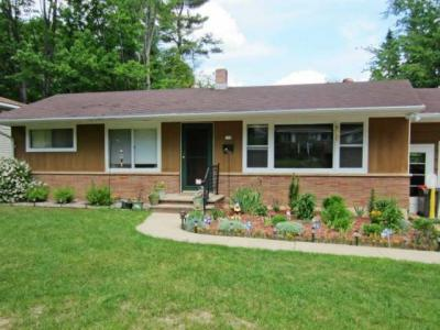 Photo of 718 Birch St, Rhinelander City, WI 54501