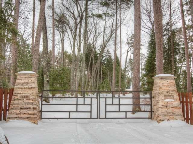 Three Lakes Chain Prairie-style Home hits the market!