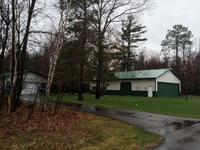 Photo of 7547 Runway Dr, Woodruff, WI 54568