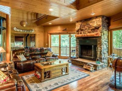 Photo of 6240 River Rd, Newbold, WI 54539