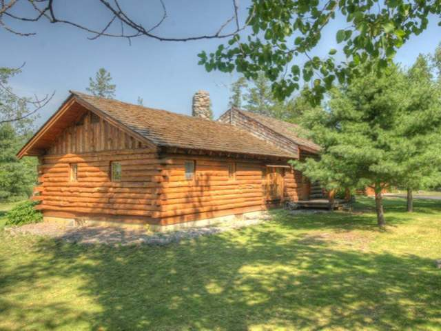Joe Hovel Log Home for Sale in Conover, WI