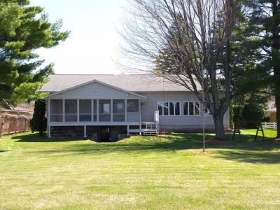 Photo of 811 Lake Shore Dr, Rhinelander, WI 54501