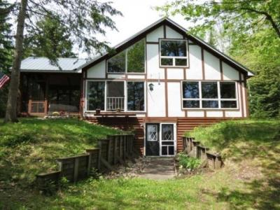 Photo of 1016 Circle Lily Rd W, Manitowish Waters, WI 54545