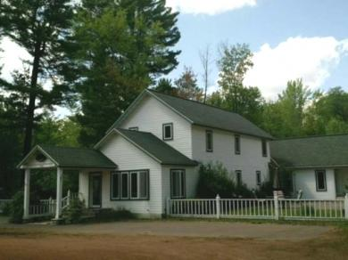 1225 Wall St, Eagle River, WI 54521
