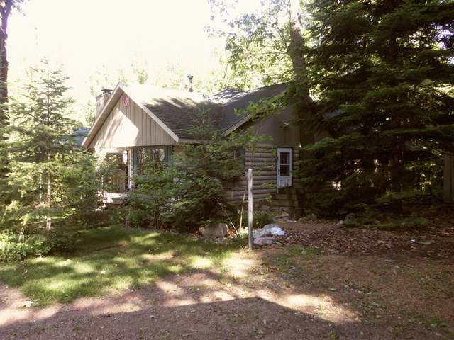 N9868 Duck Lake Rd E, Summit Lake, WI 54485