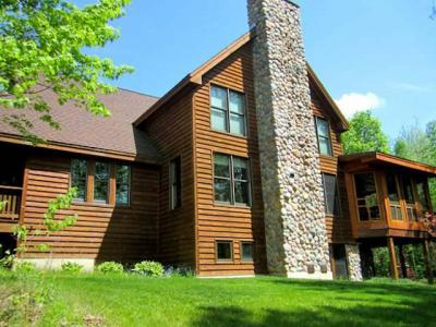 Photo of W1372 Hannah Ln, Wolf River, WI 54491