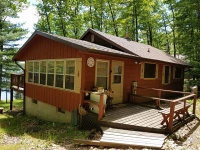 Photo of 8008 Alva Rd N, Lake Tomahawk, WI 54539
