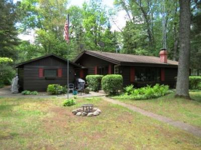 Photo of 13528 Bay Rd W, Manitowish Waters, WI 54545