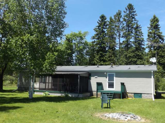 8446 W Pine Lake Rd, Argonne, WI 54511