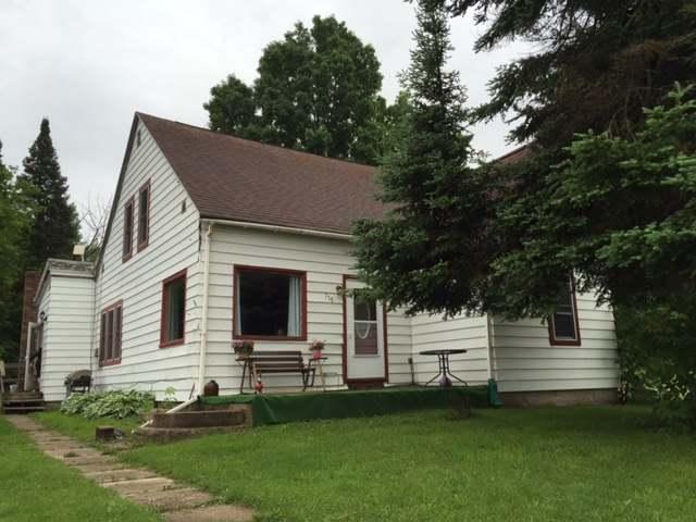 715 Center St, White Lake (village), WI 54491