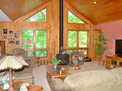 Photo of 8850 Finch Rd, Lake Tomahawk, WI 54539