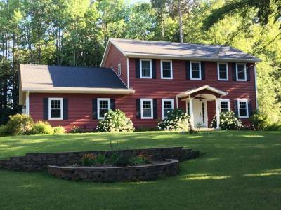 Photo of 270 Timber Heights Dr, Rhinelander, WI 54501