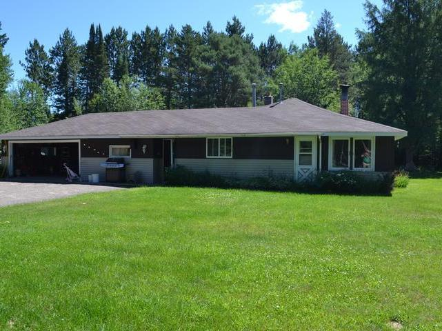 4070 Rolling Acres Dr, Sugar Camp, WI 54501