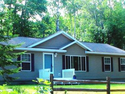 Photo of 4971 Birch Rd, Land O Lakes, WI 54540
