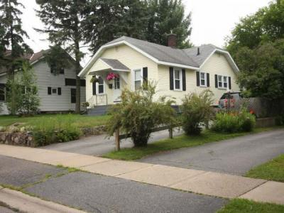 Photo of 409 Lennox St, Rhinelander, WI 54501