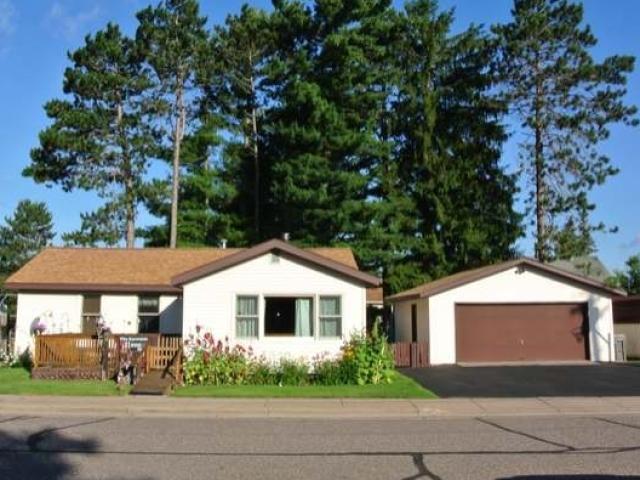 523 Cedar St, Woodruff, WI 54568